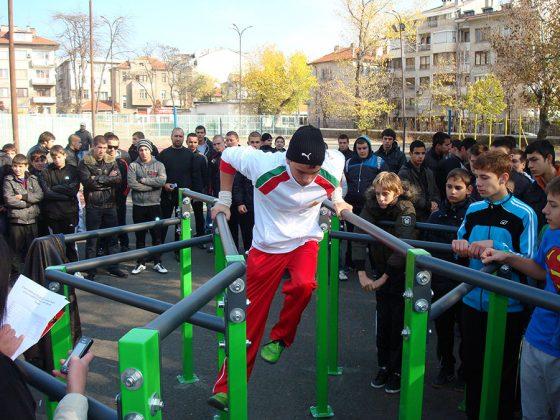 Първи стрийт фитнес турнир в гр. Бургас