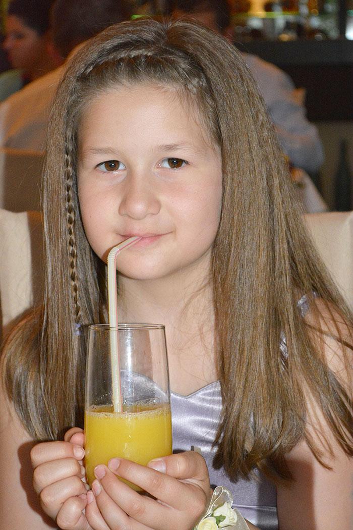 Вели пие плодово сокче