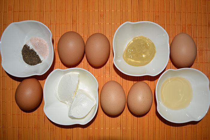 пълнени ВМ яйца