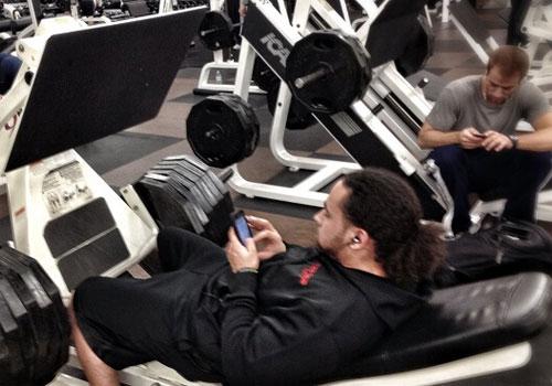 Когато тренираш само мускулите...на пръстите