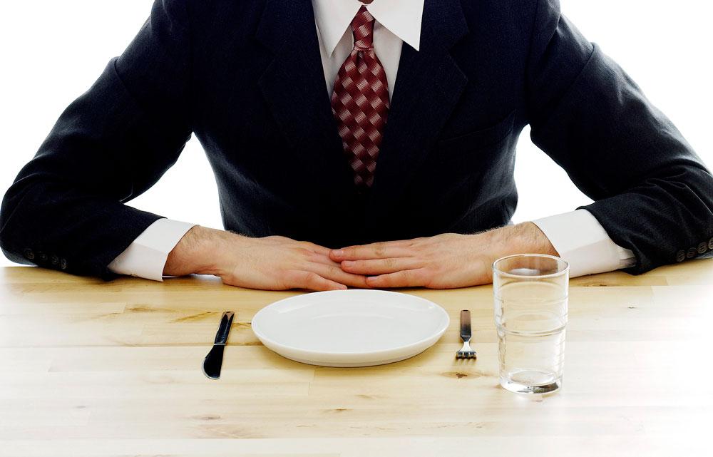 Фастинг - идеален за мъже над 30 години работещи в офис